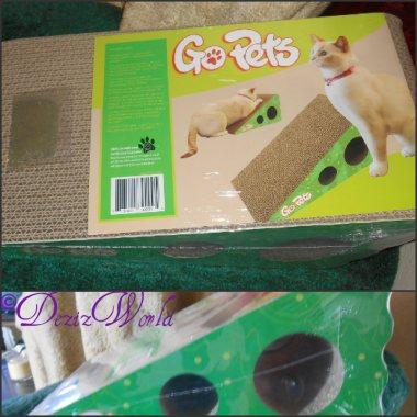 GoPets Cat scratcher