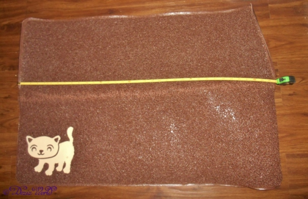Smiling Paws Pets Litter Mat unfolded with measuring tape
