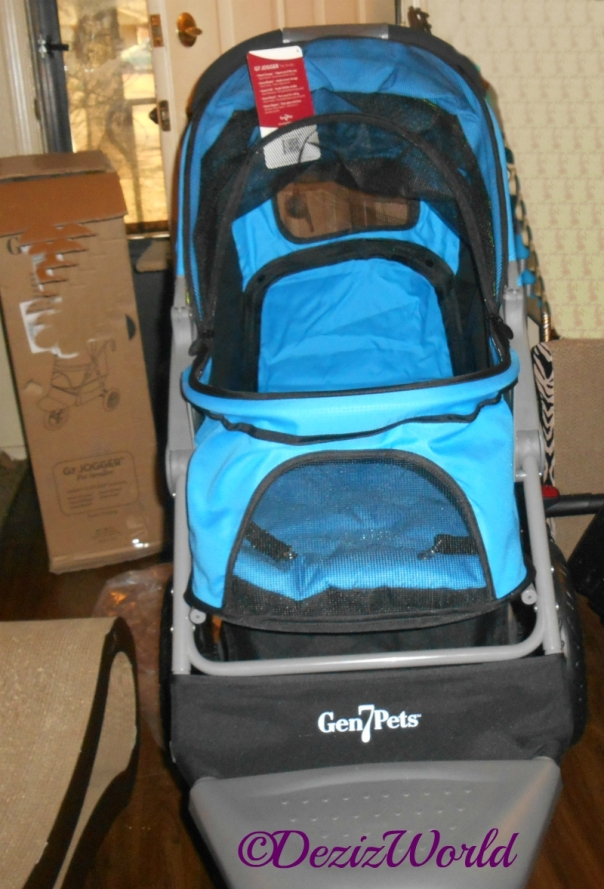 Gen7 Jogger Pet stroller assembled