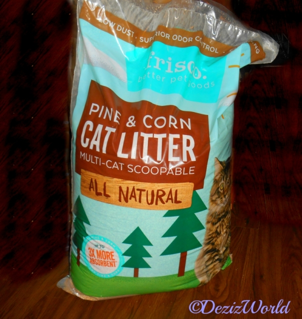 Frisco pine and corn cat litter,