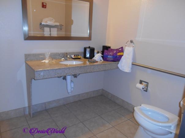Best Western Seminole Bathroom